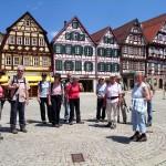 Am Ziel, Marktplatz in Bad Urach, angekommen [Foto: Jürgen Bader]